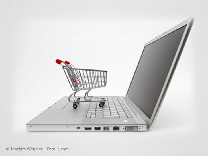 PC mit Einkaufswagen